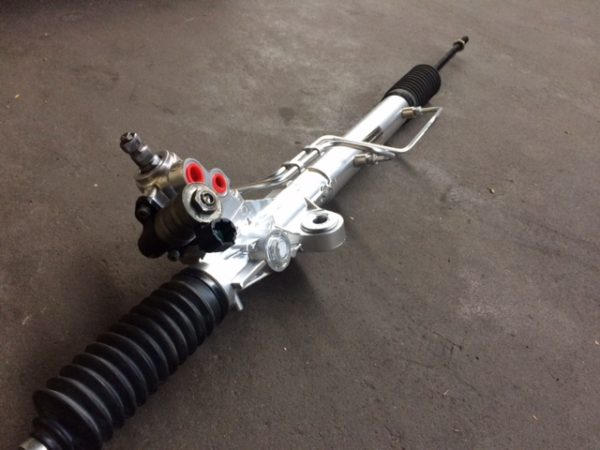Power Steering Rack - Nissan Elgrand E51