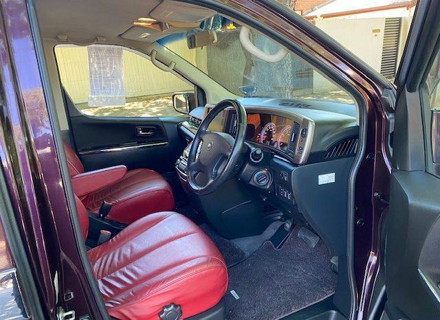 Nissan Elgrand E51 full