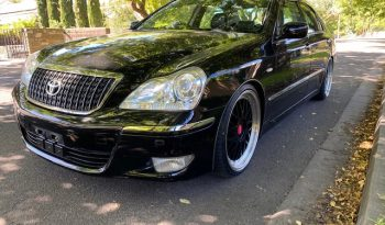 Toyota Crown UZS186 Majesta full