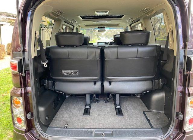 Nissan Elgrand E51 Highway Star Premium full
